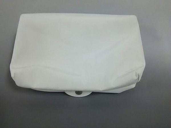 BVLGARI PARFUMS(ブルガリパフューム) ポーチ美品  アイボリー ナイロン