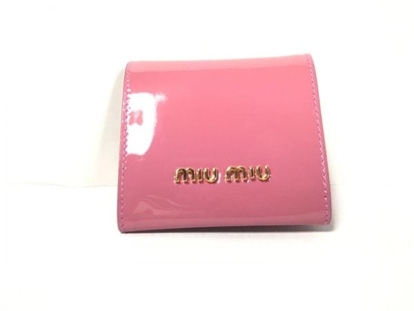 miumiu(ミュウミュウ) コインケース美品  - ピンク リボン エナメル(レザー)