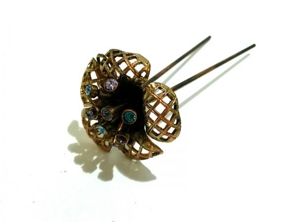 アッカ アクセサリー 金属素材×カラーストーン ゴールド×マルチ フラワー/かんざし