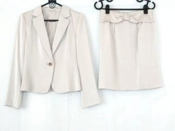 a6d446c52be723 アナイ スカートスーツ サイズ38 M レディース ベージュ 光沢素材/肩パッド/リボン