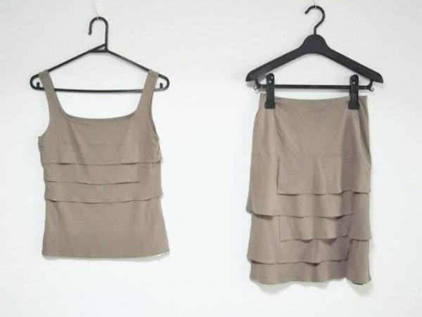 ノーベスパジオ スカートセットアップ サイズ38 M レディース美品  ベージュ