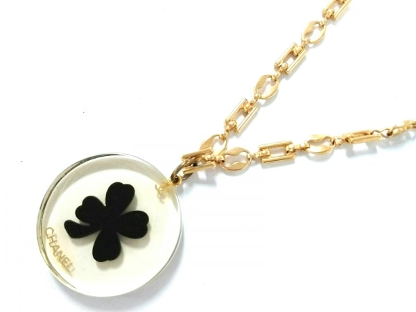シャネル ネックレス美品  プラスチック×金属素材 クリア×黒×ゴールド クローバー