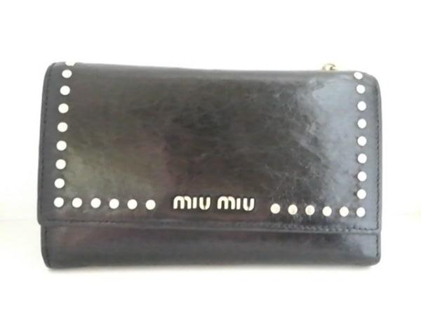 miumiu(ミュウミュウ) 3つ折り財布 - 黒 スタッズ レザー