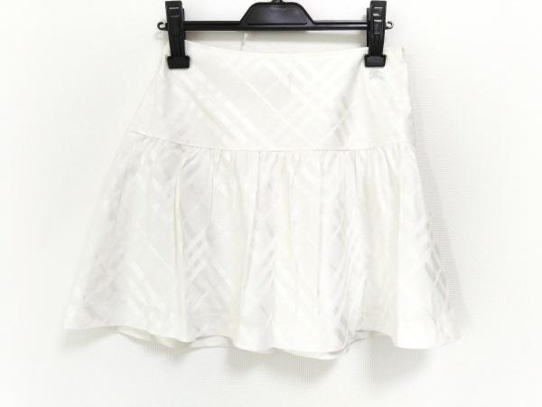 バーバリーブルーレーベル ミニスカート サイズ36 S レディース美品  アイボリー