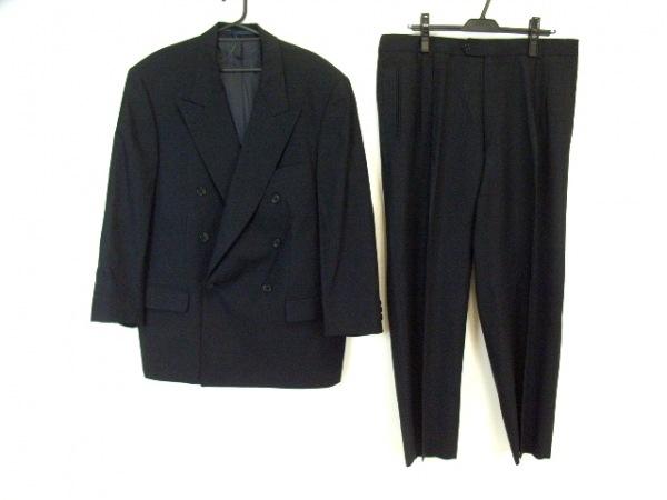 HUGOBOSS(ヒューゴボス) ダブルスーツ メンズ 黒 肩パッド/ネーム刺繍