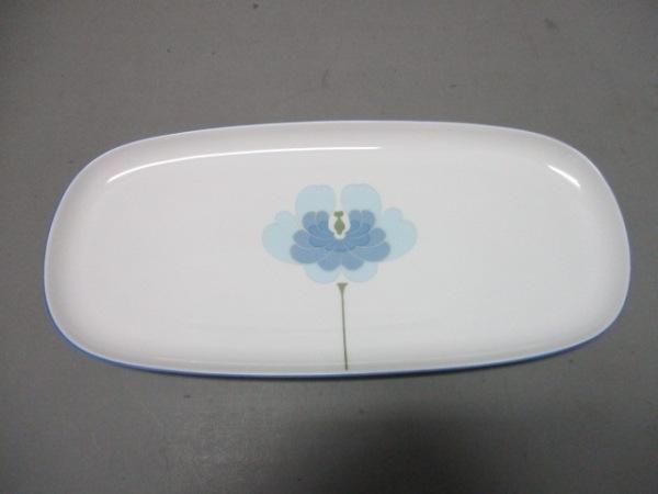 ローゼンタール プレート新品同様  白×ライトブルー×カーキ フラワー 陶器
