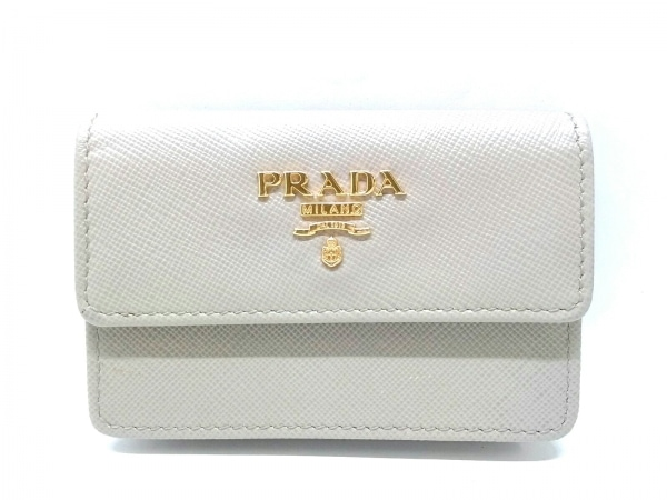 PRADA(プラダ) 名刺入れ美品  - 1M0881 ベージュ サフィアーノメタル