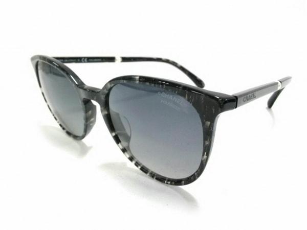 シャネル サングラス美品  バタフライ シェイプ 5394-H-A 黒×グレー フェイクパール