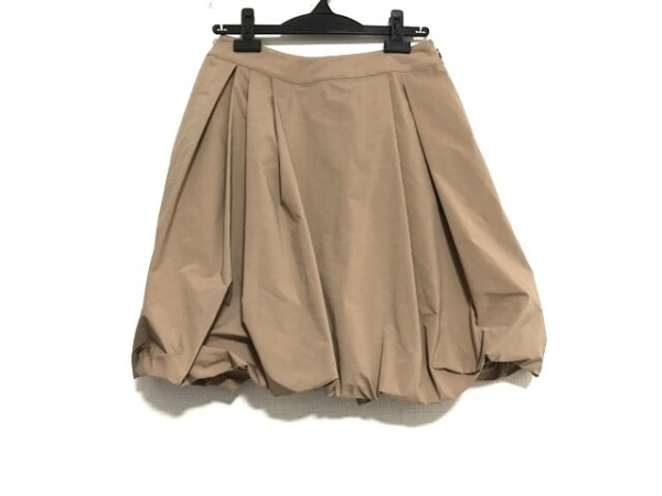 TO BE CHIC(トゥービーシック) スカート サイズ40 M レディース美品  ベージュ