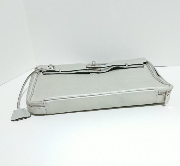 アクセソワ・ドゥ・マドモワゼル ハンドバッグ美品  ライトグレー PCバッグ レザー