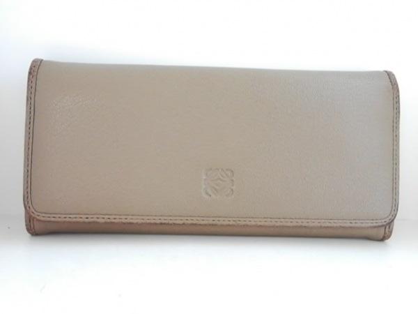 LOEWE(ロエベ) 長財布 - ライトブラウン 型押し加工 ナッパレザー