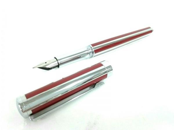 シェーファー 万年筆美品  シルバー×ボルドー ストライプ/インクなし 金属素材