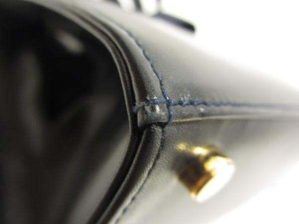 サルバトーレフェラガモ ハンドバッグ ヴァラ ダークネイビー レザー×化学繊維
