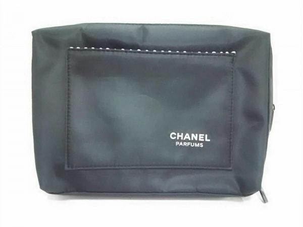 CHANEL PARFUMS(シャネルパフューム) ポーチ美品  黒×白 ナイロン
