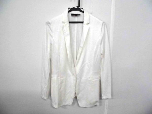 UNTITLED(アンタイトル) ジャケット サイズ2 M レディース美品  白