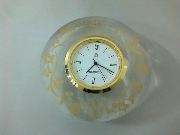 mikimoto(ミキモト) 小物美品  クリア×ゴールド×白 置時計 プラスチック×金属素材