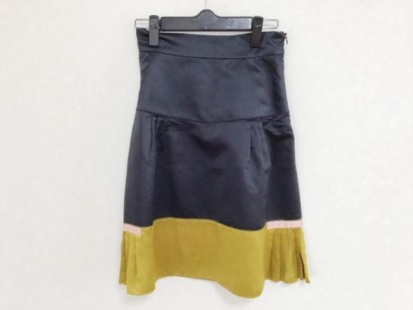 PRADA(プラダ) スカート サイズ38 S レディース 黒×ゴールド×ピンク サテン