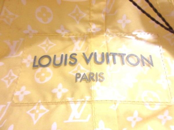 LOUIS VUITTON(ルイヴィトン) ブルゾン サイズ36 S レディース美品  イエロー
