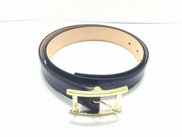 AMBOISE(アンボワーズ) ベルト 85/34美品  黒×ゴールド 型押し加工 レザー×金属素材