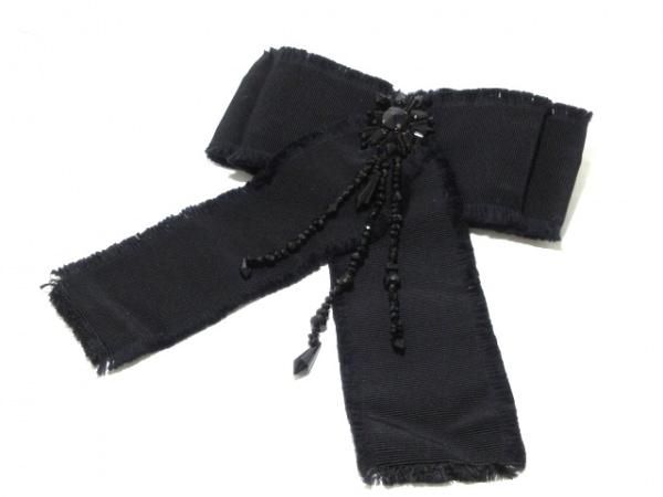 GUCCI(グッチ) ブローチ美品  - 化学繊維×プラスチック×金属素材 黒