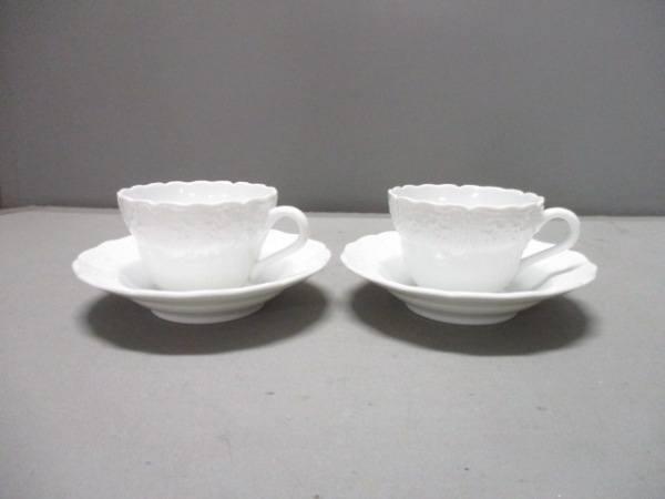 Herend(ヘレンド) カップ&ソーサー新品同様  白 マグカップ×2 陶器