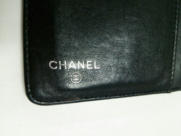 シャネル 長財布 カメリアメイクパレット 黒×マルチ エナメル(レザー)×ラムスキン