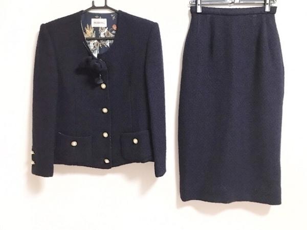 インゲボルグ スカートスーツ レディース新品同様  ダークネイビー ツイード/リボン