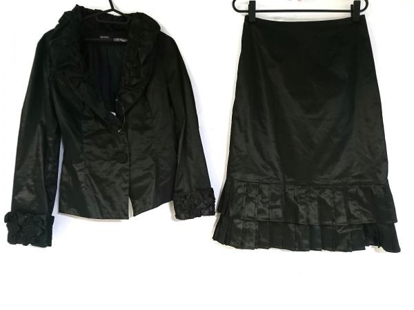リツコシラハマ スカートスーツ サイズ2 M レディース美品  黒 光沢