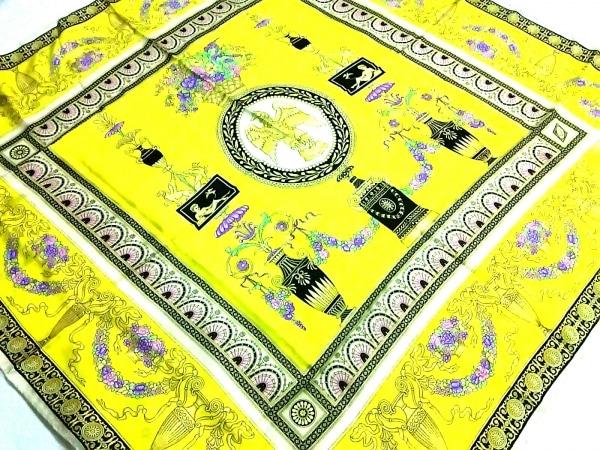 ATELIER VERSACE(アトリエヴェルサーチ) スカーフ美品  イエロー×マルチ