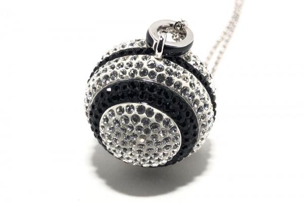 スワロフスキー ネックレス美品  金属素材×スワロフスキークリスタル シルバー