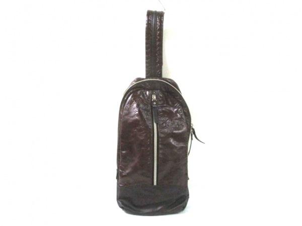TAKEOKIKUCHI(タケオキクチ) ワンショルダーバッグ ボルドー×ダークブラウン 合皮
