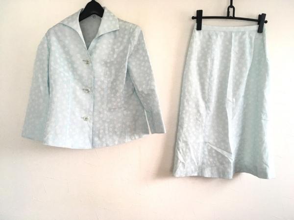 ラピーヌブランシュ スカートスーツ サイズ9 M レディース美品  白×ライトブルー