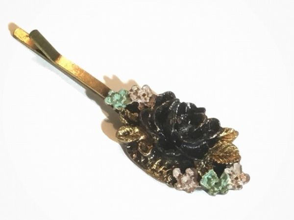 ミハエルネグリン アクセサリー 金属素材 ゴールド×ダークブラウン×マルチ