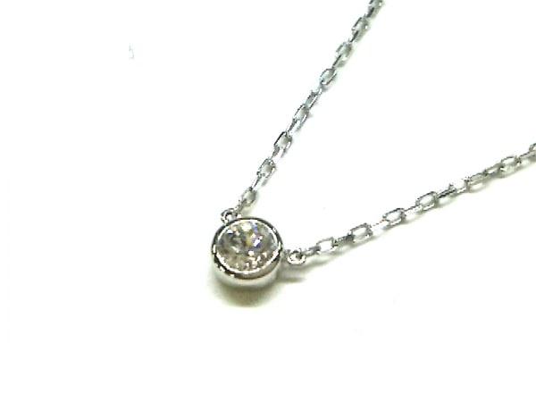オレフィーチェ ネックレス K18WG×ダイヤモンド 1Pダイヤ/ダイヤ0.08カラット