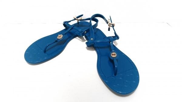 COACH(コーチ) ビーチサンダル 38 レディース美品  ブルー ラバー
