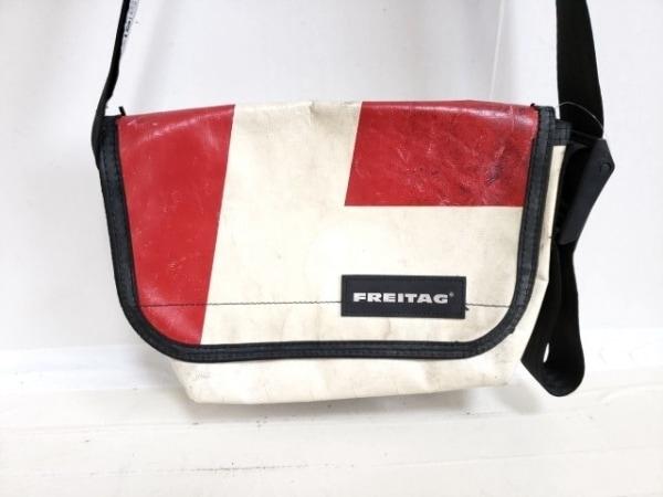 FREITAG(フライターグ) ショルダーバッグ 黒×アイボリー×レッド PVC(塩化ビニール)
