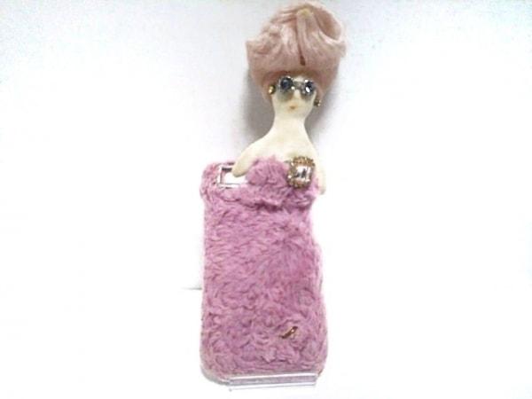 デモデ 携帯電話ケース 白×ピンク×マルチ プラスチック×フェイクファー×化学繊維