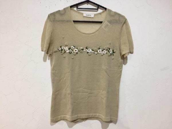 インゲボルグ 半袖セーター サイズM レディース新品同様  ベージュ×白×マルチ 刺繍