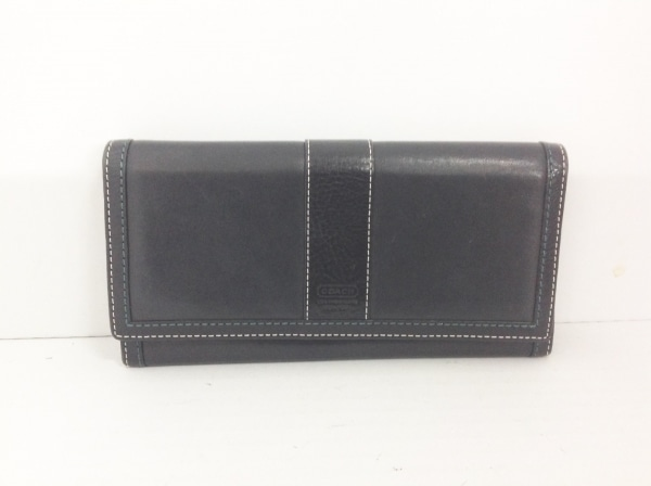 COACH(コーチ) 長財布 - 黒×グリーン×白 レザー