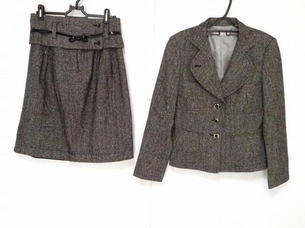 アルマアンローズ スカートスーツ サイズ38 M レディース新品同様  黒×アイボリー