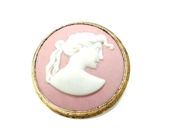 ウェッジウッド ブローチ ジャスパー 陶器×金属素材 ピンク×白×ゴールド
