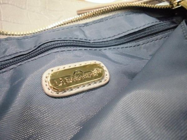 LA BAGAGERIE(ラバガジェリー) ショルダーバッグ グレー 型押し加工 合皮