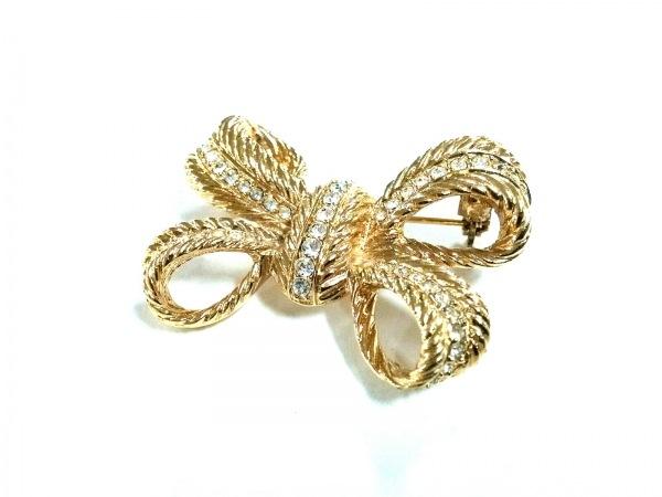 クリスチャンディオール ブローチ美品  金属素材×ラインストーン ゴールド リボン