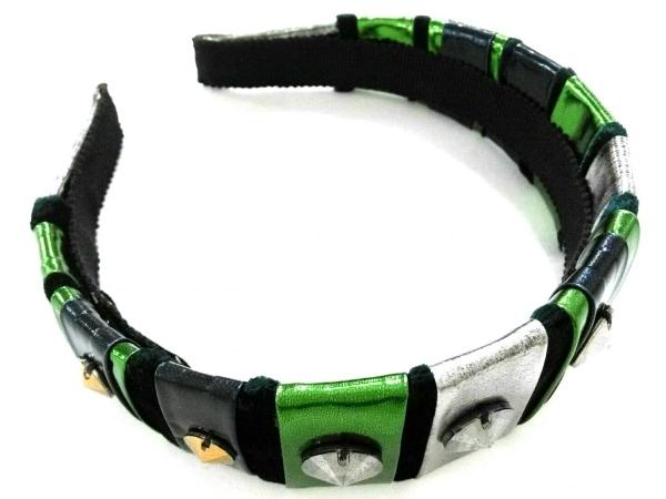 ミュウミュウ カチューシャ美品  化学繊維×ベロア 黒×シルバー×グリーン ビジュー