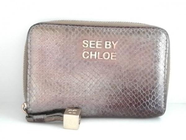 SEE BY CHLOE(シーバイクロエ) 2つ折り財布 シルバー 型押し加工 レザー