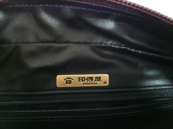 印傳屋(インデンヤ) ハンドバッグ美品  ボルドー レザー×漆