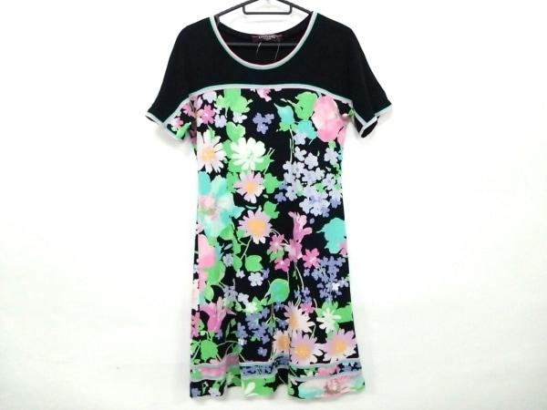 レオナール ワンピース サイズM レディース美品  黒×グリーン×マルチ FASHION/花柄