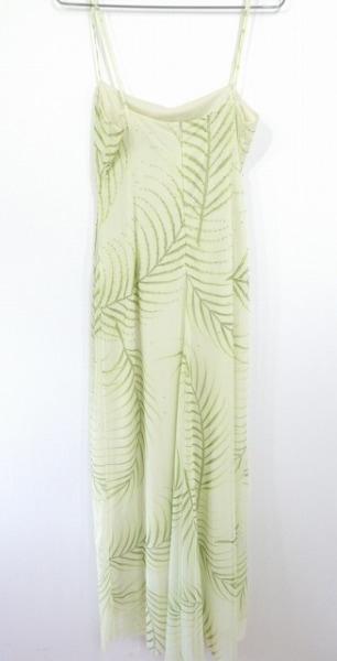 ビーシービージーマックスアズリア ドレス サイズM レディース ライトグリーン ビーズ