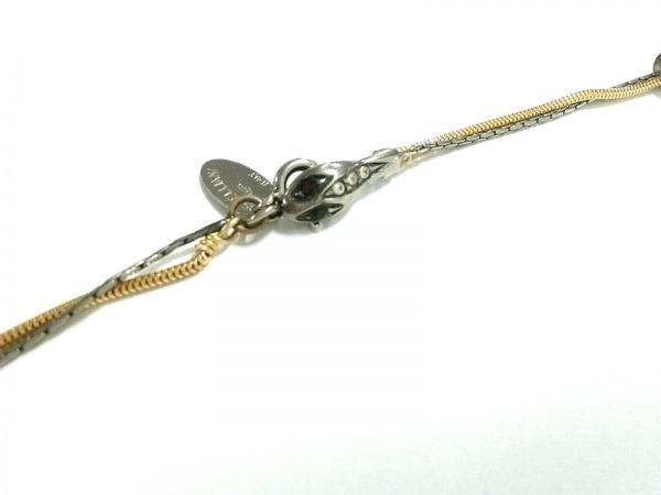 iosselliani(イオッセリアーニ) ネックレス美品  金属素材×フェイクパール