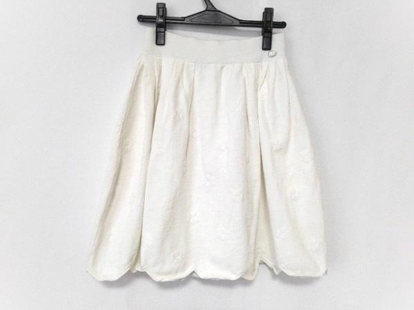 CHANEL(シャネル) スカート サイズ38 M レディース美品  白
